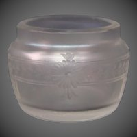 Steuben verre de soie art glass open salt dip engraved flowers Hawkes