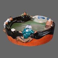 Sumida Gawa Japanese art pottery bowl with figures Inoue Ryosai signed