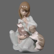 Lladro porcelain figurine Cat nap girl with sleeping cat 5840