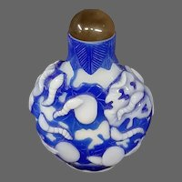 Peking cameo glass blue white cocoons larvae snuff bottle triple overlay