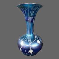 Durand art glass blue iridescent hanging hearts vase signed