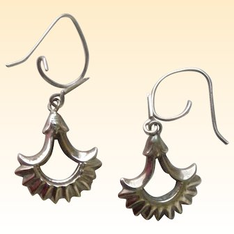 Charming 10Kt Yellow Gold Dangle Earrings Mid-Century