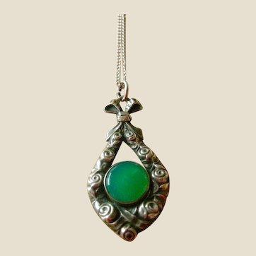 Vintage Pendant Necklace Chrysophrase in 800 Silver MAKE AN OFFER