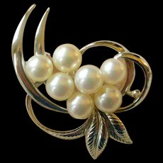 Mikimoto Mid Century Cultured Pearl and Sterling Silver Pin