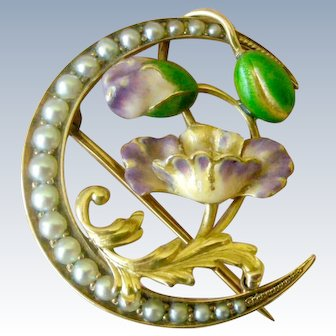 Art Nouveau Brooch Pin in 14K gold, Iridescent Enamel and Seed Pearls
