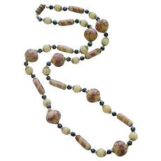 Splendid Vintage Venetian Glass Bead Necklace