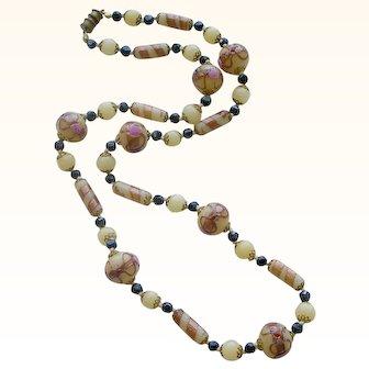 Splendid Vintage Venetian Glass Bead Necklace
