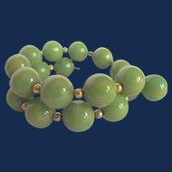 Vintage Green Bakelite Bead Memory Wire Bracelet