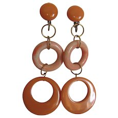 Little Creations 4 Inch Bakelite Peach Lucite Marbled Ring SP Clip Earrings - Huge Scale