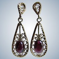 Vintage 14K Gold Filigree Drop Pierced Earrings With Genuine Garnet Cabochons