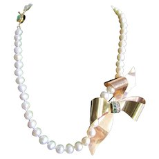 Little Creations 12kt GF Green and White Paste Bow Brooch, Pendant Cultured Freshwater Pearl 18kt Gold Plated Jadeite Clasp Necklace
