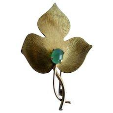 Vintage Signed Krementz Gold Overlay Leaf Motif Green Cabochon Brooch