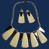 Vintage Geometric Vanilla Cream Lucite and Gold tone Earrings and Necklace Demi Parure
