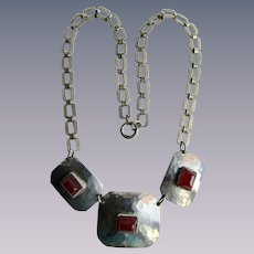 Art Deco Chrome Link and Red Galalith Stamped Links Thumbless Spring Clasp Necklace