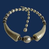 Vintage Unsigned Simulated Pearl Horn and Simulated Pearl Baroque Choker Necklace