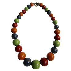 Vintage Lucite Rainbow Colored Graduated Bead Necklace