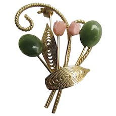 Vintage Coral and Jadeite Flower Bouquet Design Brooch