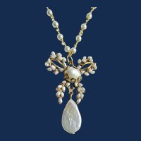 Vintage GP Freshwater Cultured Pearl Drop Pendant with Station Chain Necklace
