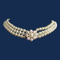 Vintage Mallorca Faux Simulated Pearls Choker 14 3/4 inch Floral Motif Centerpiece Necklace