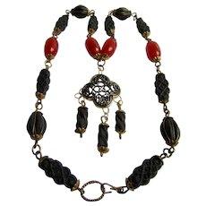 VINTAGE Pressed Rose Petal and Red Bakelite and Dangling Enamel Quatrefoil Alhambra Necklace