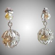 Vintage Pearl Earrings. Sarah Coventry. Large Dangling Wedding Earrings. Faux Pearl Earrings