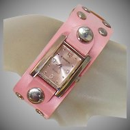 Vintage Retro Pink Ladies Watch. Pink Faux Leather 70s Women's Watch.