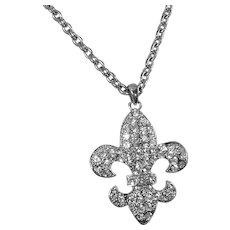 Vintage Fleur de Lis Rhinestone Necklace. Silver Fleur de Lis Pendant. Rhinestone New Orleans Fleur de Lis Necklace.