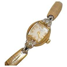 Vintage 23 Jewel Bulova Ladies Watch. Women's Diamond 10k Gold Watch. Art Deco Gold Ladies Watch.