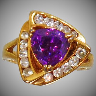 Amethyst Ring. Cubic Zirconia Ring. Cocktail Ring, Trillion Amethyst Ring. Gold Ring. waalaa.