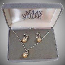 Nolan Miller Necklace. Nolan Miller Earrings. Pearl Necklace. Nolan Miller Jewelry. Vintage Jewelry. waalaa. Necklaces for Women.