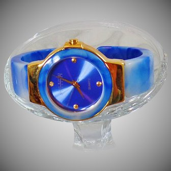 Ladies Watch. Joan Rivers Blue Sky Watch. Women's Blue White Marbled Lucite Watch. Blue Joan Rivers Watch. waalaa.