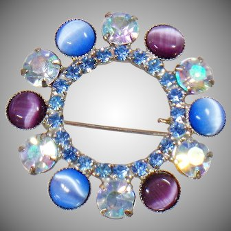 Cat's Eye Brooch. Blue Rhinestone Brooch. Vintage Brooch. Juliana Style Brooch. Jewelry for Brides. Jewelry for Women. waalaa.