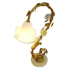 Vintage Italian Tole French Porcelain Flowers Table Lamp:Venetian Glass Shade: