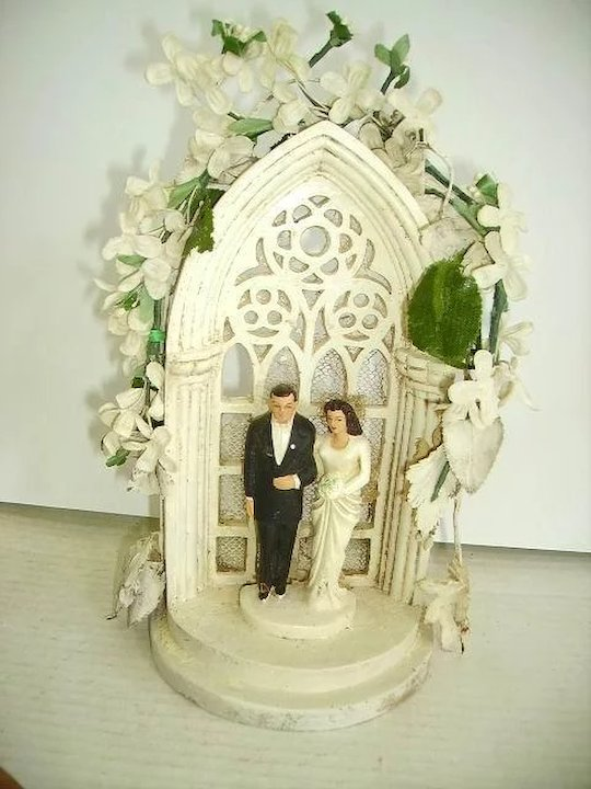 Fabulous Vintage 1930s Wedding Cake Topper in Glass Dome/Brides ...