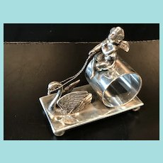 Figural Napkin ing with Swan