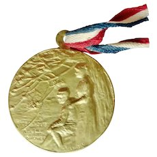 Rene Lalique WWI Gilt Copper 'Soldier's Day', 'Journée du Poilu' Medal