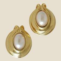 Vintage FENDI Over-Sized Faux Pearl Clip-On Earrings