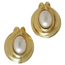 Vintage FENDI Over-Sized Faux Pearl Clip-On Earrings