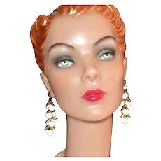 1970s White Bead Cluster Goldtone Leaf Dangle Earrings