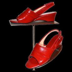 c1970s Daniel Green Cherry Red Slip-On Slingback Vegan Leather Wedge Heel Ladies Shoes