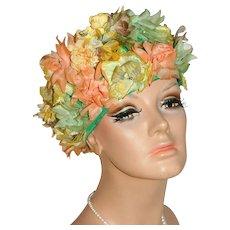1950/60s Roberta Bernay Flower Hat w/ Faux Pearl Spray Accent