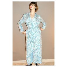 1970s Jaconelli ~ Blue Forget-Me-Not Flower Belted Robe
