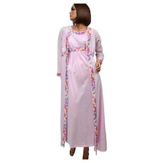 Circa 1970s Emilio Pucci Tagged 2-Pc Pink Mauve Nylon Nightgown & Peignoir Robe