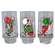 c1970s Holly Hobbie Set of 6 Coca-Cola Limited Edition Christmas Glasses Plus Bonus