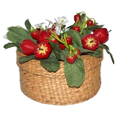 Charming Woven Country Basket w/ Strawberry Patch Lid