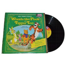 1974 Disneyland Winnie the Pooh and Tigger Too LP Record w/ Illustrated Book