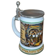 BMF Bierseidel Christmas Carolers White Milk Glass Beer Stein w/ Pewter Lid