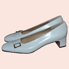 NOS Salvatore Ferragamo Lily White Leather Classic Low Heel Shoes ~ Size 7.5AA