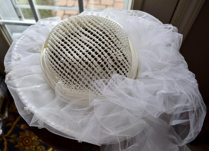 White Faux Pearl Lace Wide Brim Wedding Or Bridal Hat With Veil