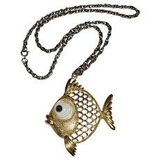 JJ Jonette Jewelry Googly Eye Openwork Goldtone Pucker Fish Pendant Necklace